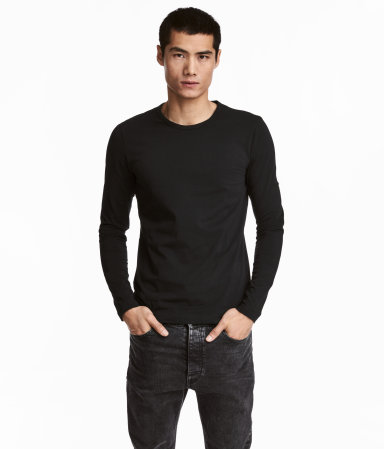 Long sleeved t shirt slim fit black men h m us for Black fitted long sleeve t shirts