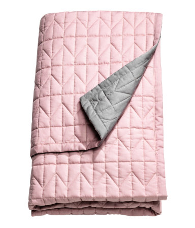 king queen quilted bedspread pink gray sale h m us. Black Bedroom Furniture Sets. Home Design Ideas