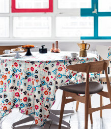 Patterned tablecloth