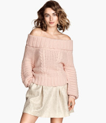 Off-the-shoulder jumper