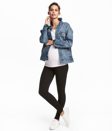 Maternity Wear Be fashionable while pregnant with H&M's trendy maternity clothes, from leggings and jackets to nursing bras and skinny jeans. You will find all you need for any occasions.