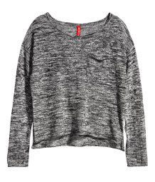 Thin fine-knit jumper