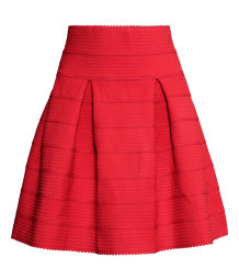 Skirt with a textured pattern