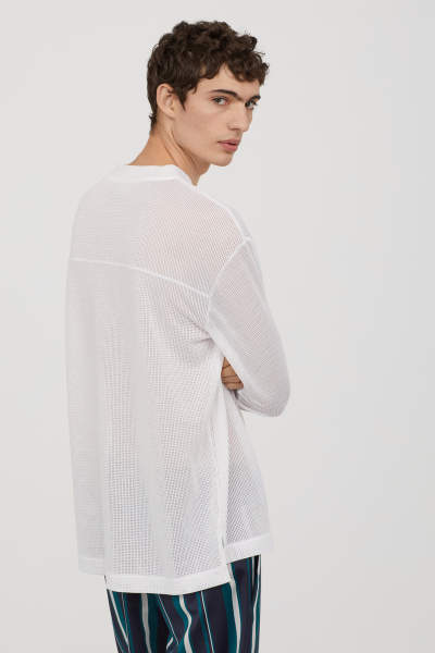 Long-sleeved Mesh Shirt