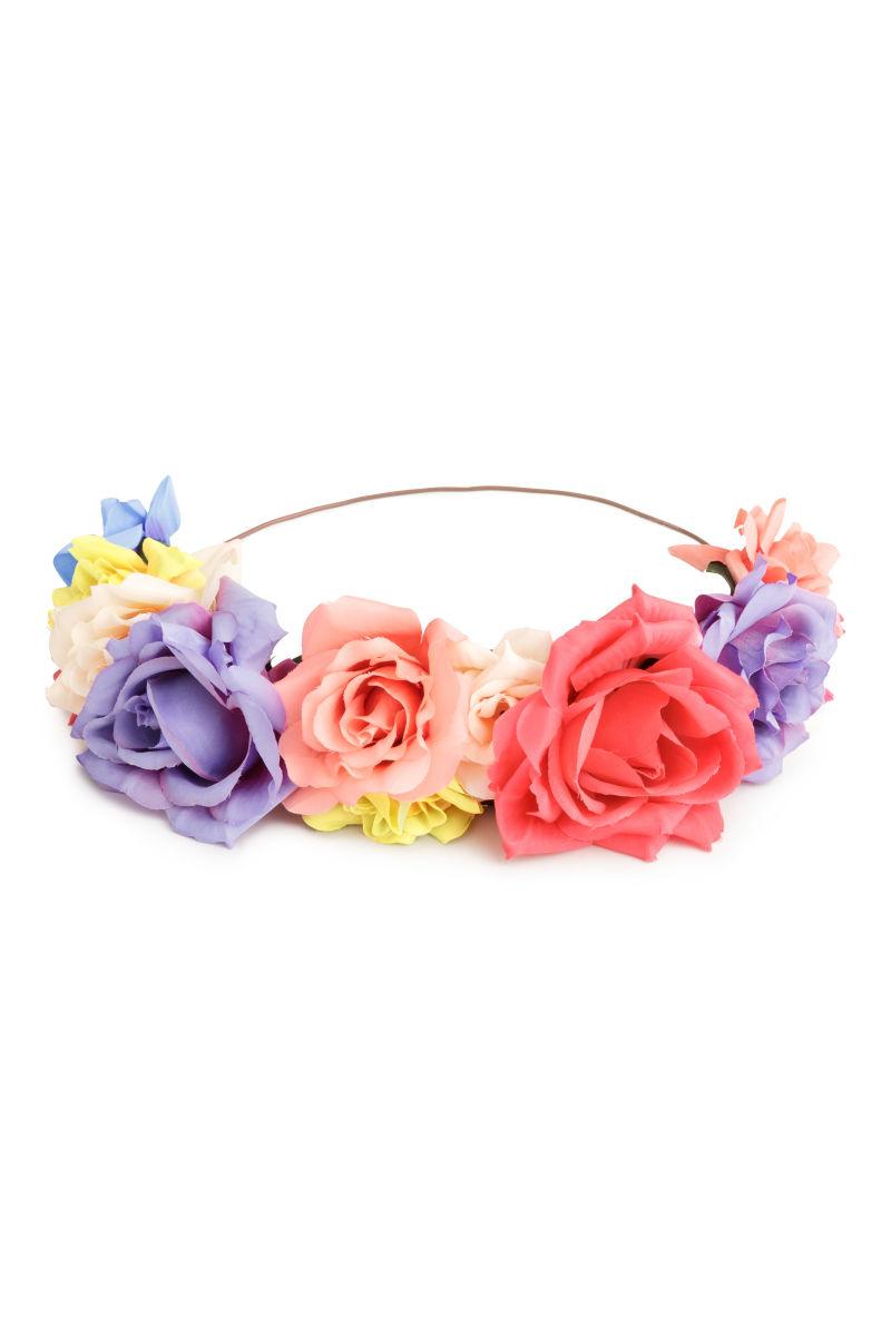 Hair decoration with flowers flowers sale hm us details izmirmasajfo Images