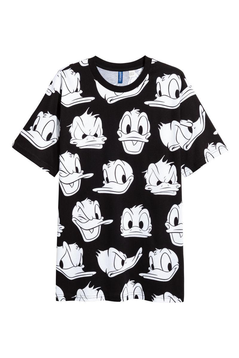 t shirt with printed pattern black donald duck men h. Black Bedroom Furniture Sets. Home Design Ideas