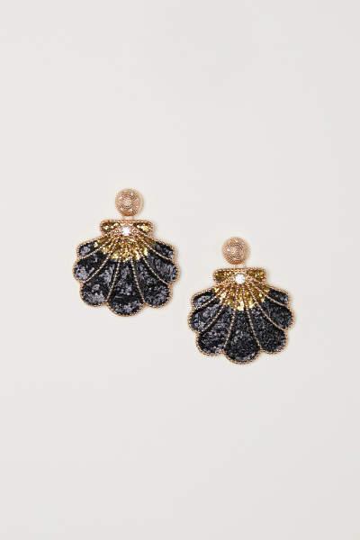 Shell-shaped Earrings