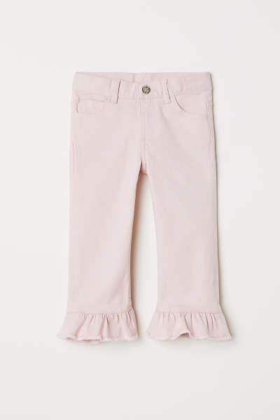 Capri Pants with Ruffles