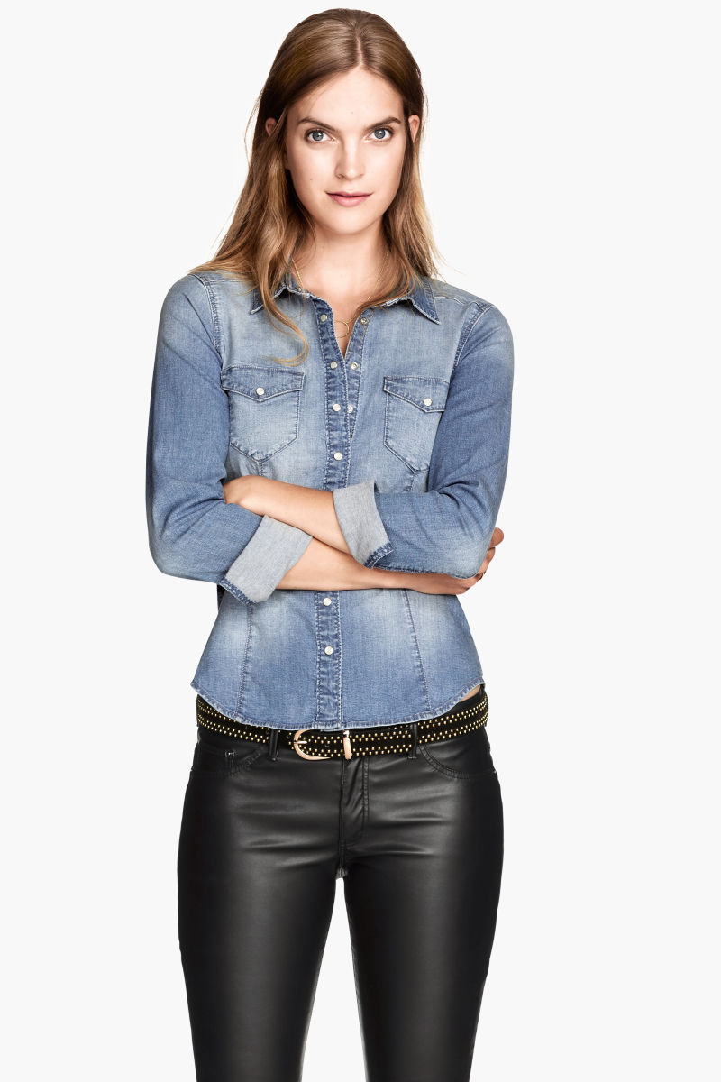 Enjoy casual comfort and undeniable style with denim skirts from Gap. Denim Skirts For Fashionable Women. Add classic and effortless style to your wardrobe with jean skirts from Gap.