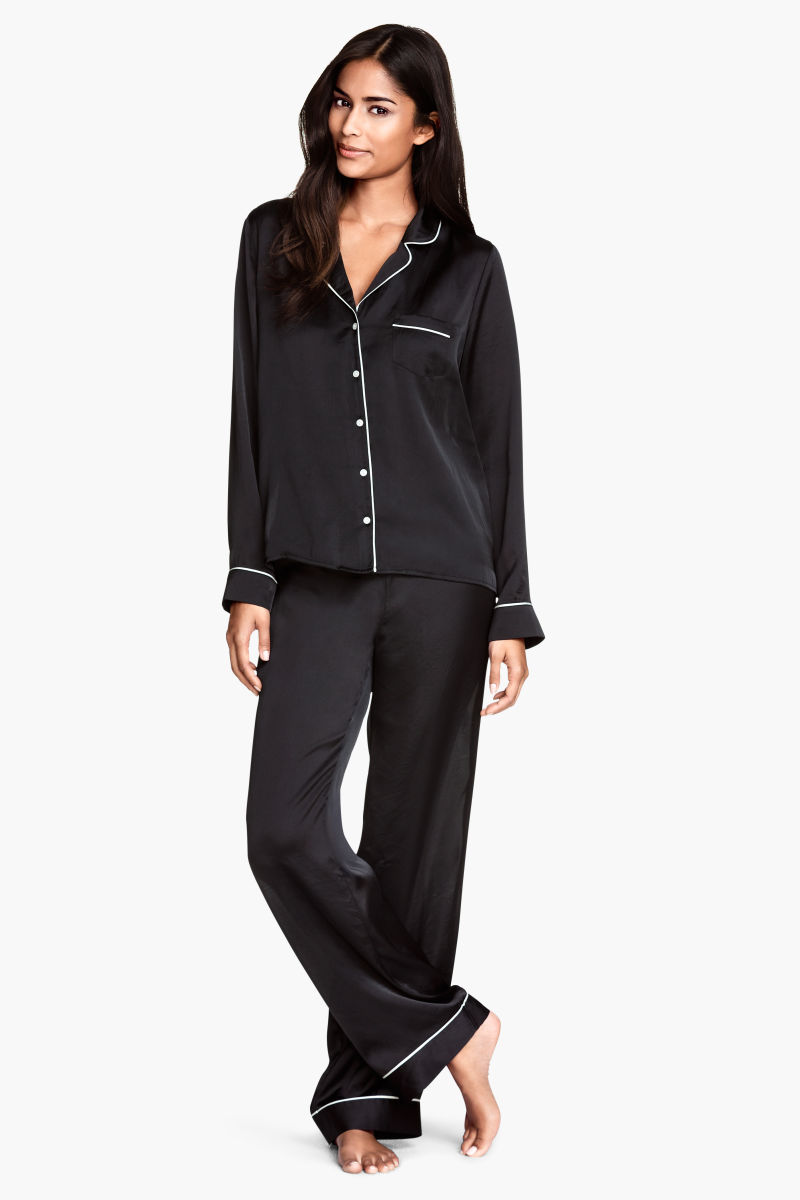Women's Pajamas, Settle Into Comfort. When it's time to call it a day, settle in for a good night's rest in a brand new set of comfy women's pajamas.