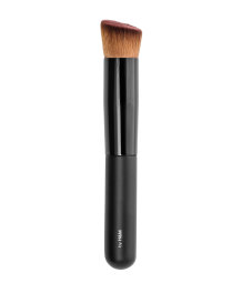 A Skin Perfecting brush from EcoTools that's specially designed for use with BB/CC creams and gives you a beautiful, smooth application. No need to use fingers to apply, so less oil is transferred from your hands to your face/5().